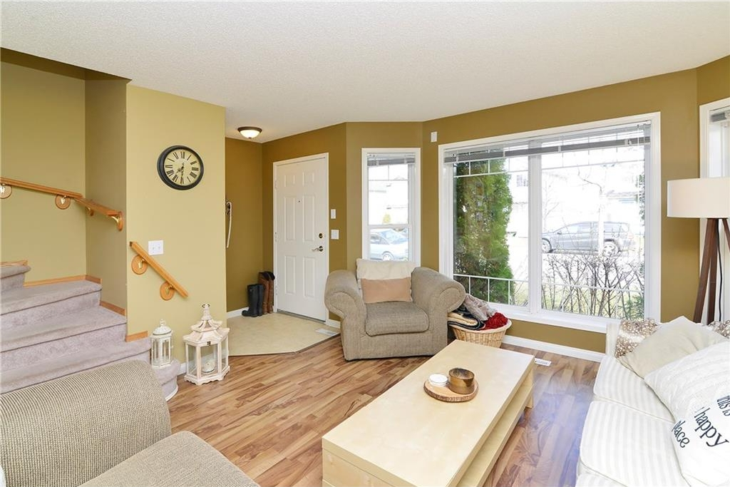 Photo 6: 29 SOMERVALE Close SW in Calgary: Somerset House for sale : MLS(r) # C4111976