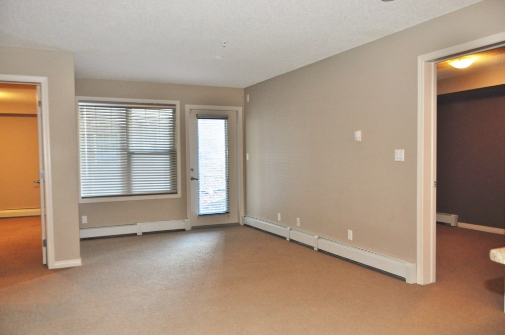 Photo 4: 114 105 AMBLESIDE Drive in Edmonton: Zone 56 Condo for sale : MLS(r) # E4062150
