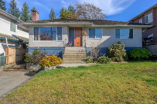 Main Photo: 7796 ROSEWOOD Street in Burnaby: Burnaby Lake House for sale (Burnaby South)  : MLS(r) # R2163744