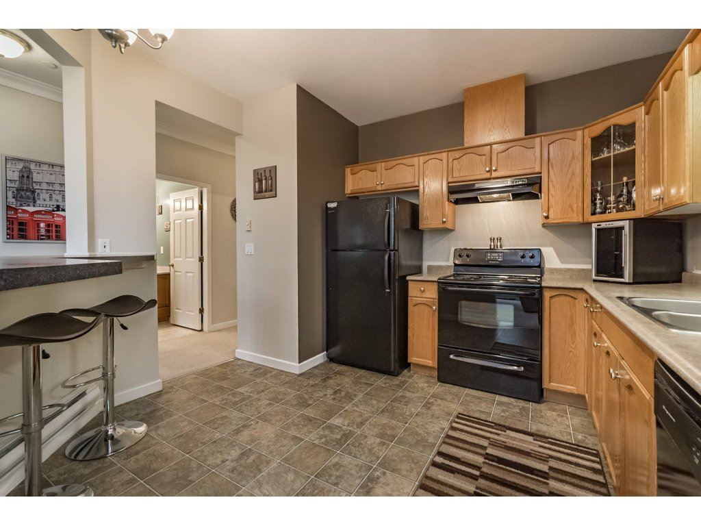 "Photo 9: 314 12464 191B Street in Pitt Meadows: Mid Meadows Condo for sale in ""LASEUR MANOR"" : MLS(r) # R2166407"
