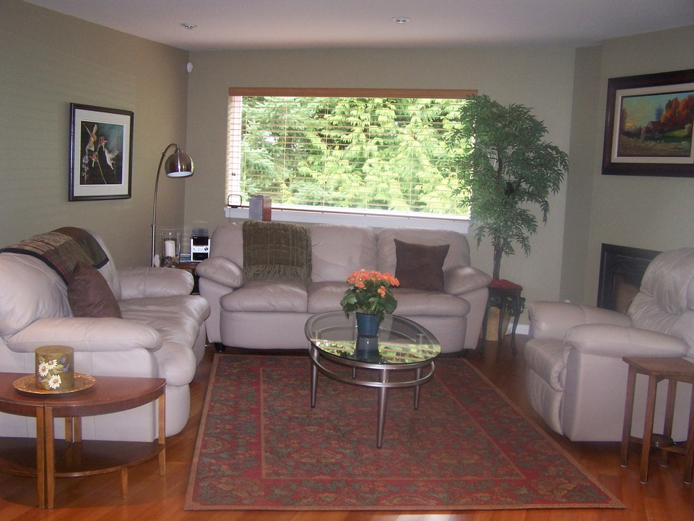Photo 2: 4668 199A Street in Langley: Home for sale : MLS(r) # F2919241