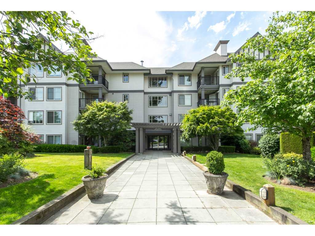 "Main Photo: 433 27358 32 Avenue in Langley: Aldergrove Langley Condo for sale in ""Willow Creek Estates"" : MLS(r) # R2174372"