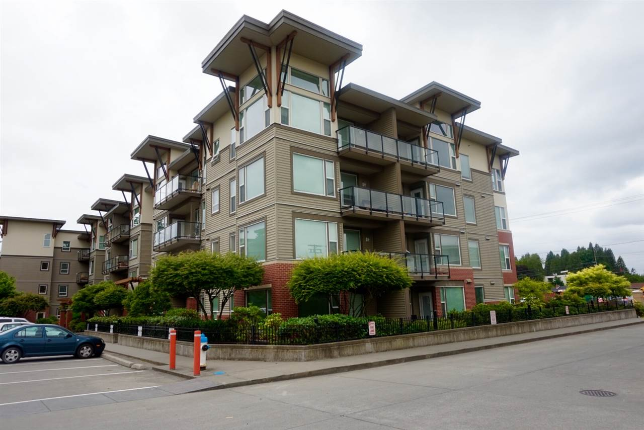 "Main Photo: 402 33538 MARSHALL Road in Abbotsford: Central Abbotsford Condo for sale in ""THE CROSSING"" : MLS® # R2178045"