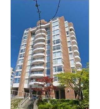 "Main Photo: 203 2350 W 39TH Avenue in Vancouver: Kerrisdale Condo for sale in ""ST. MORITZ"" (Vancouver West)  : MLS(r) # R2185746"