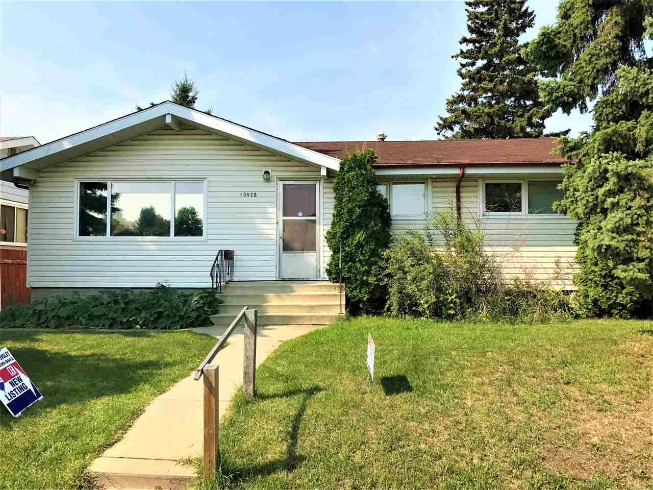 Main Photo: 13528 113A Street in Edmonton: Zone 01 House for sale : MLS® # E4078174