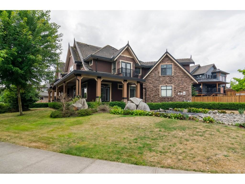 Photo 19: Photos: 8285 171A Street in Surrey: Fleetwood Tynehead House for sale : MLS® # R2235458