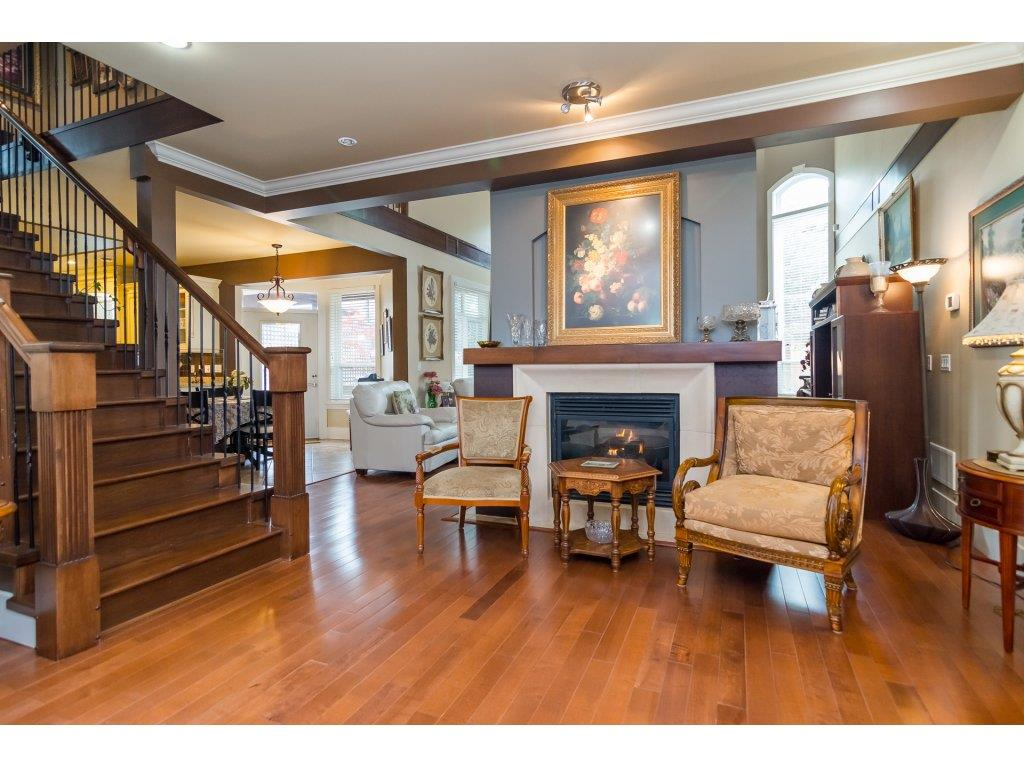 Photo 5: Photos: 8285 171A Street in Surrey: Fleetwood Tynehead House for sale : MLS® # R2235458