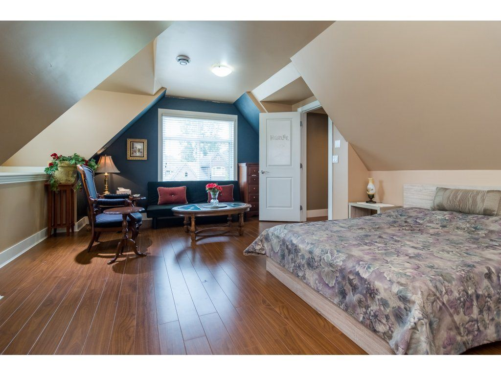 Photo 15: Photos: 8285 171A Street in Surrey: Fleetwood Tynehead House for sale : MLS® # R2235458