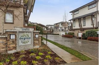 "Main Photo: 29 19433 68 Avenue in Surrey: Clayton Townhouse for sale in ""THE GROVE"" (Cloverdale)  : MLS® # R2239745"