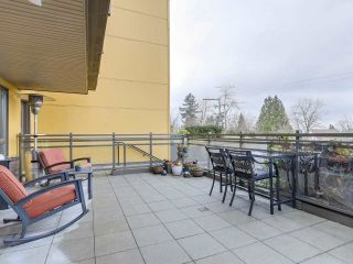 Main Photo: 201 222 E 30TH AVENUE in Vancouver: Main Condo for sale (Vancouver East)  : MLS®# R2239448