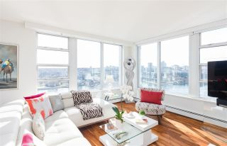 "Main Photo: 2003 1228 MARINASIDE Crescent in Vancouver: Yaletown Condo for sale in ""CRESTMARK II"" (Vancouver West)  : MLS®# R2252819"