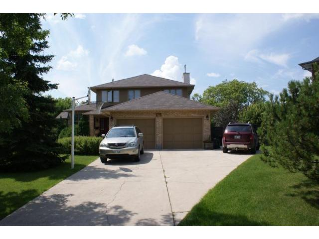 Main Photo: 94 Deerpark Drive in WINNIPEG: Charleswood Residential for sale (South Winnipeg)  : MLS®# 1104613