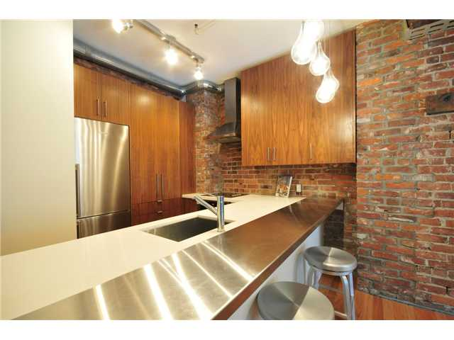 "Photo 8: 206 518 BEATTY Street in Vancouver: Downtown VW Condo for sale in ""STUDIO 518 BEATTY"" (Vancouver West)  : MLS® # V909575"