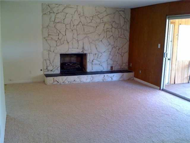 Photo 2: CLAIREMONT House for sale : 3 bedrooms : 4843 Mount Casas Drive in San Diego