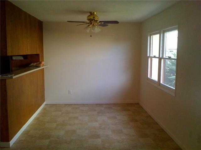 Photo 4: CLAIREMONT House for sale : 3 bedrooms : 4843 Mount Casas Drive in San Diego