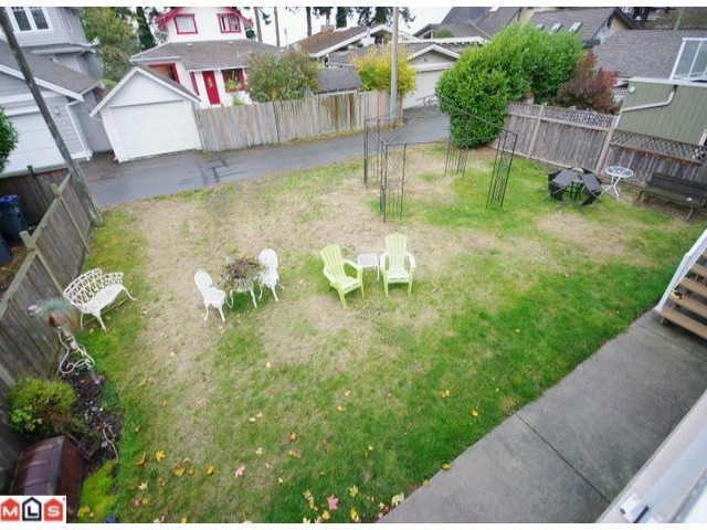 "Photo 6: 2779 MCBRIDE AV in Surrey: Crescent Bch Ocean Pk. House for sale in ""CRESCENT BEACH"" (South Surrey White Rock)  : MLS® # F1226532"