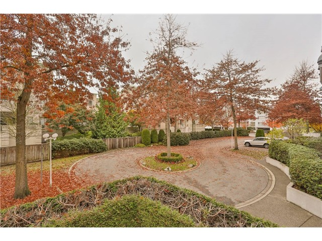 "Main Photo: 120 8600 GENERAL CURRIE Road in Richmond: Brighouse South Condo for sale in ""MONTEREY"" : MLS®# V1034371"