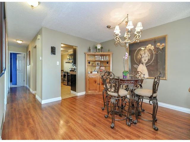 Photo 7: 945 DELESTRE Avenue in Coquitlam: Maillardville House 1/2 Duplex for sale : MLS® # V1050049