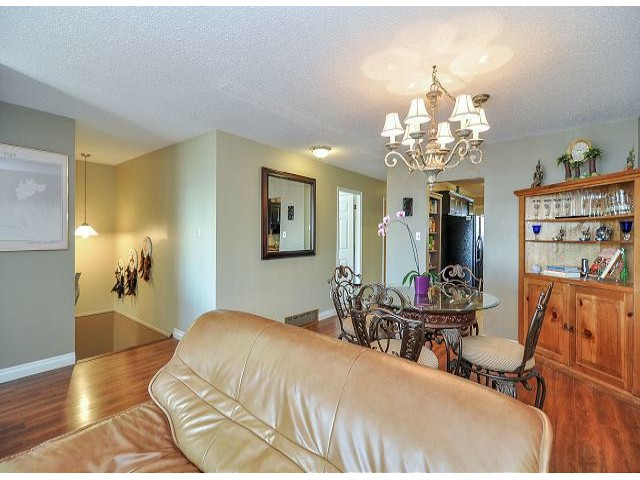 Photo 6: 945 DELESTRE Avenue in Coquitlam: Maillardville House 1/2 Duplex for sale : MLS® # V1050049