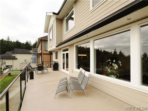 Photo 18: 2147 Blue Grouse Plateau in VICTORIA: La Bear Mountain Single Family Detached for sale (Langford)  : MLS(r) # 346075