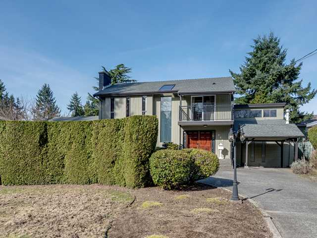 "Main Photo: 757 FOSTER Avenue in Coquitlam: Coquitlam West House for sale in ""Vancouver Golf Course-West Coq"" : MLS® # V1109601"