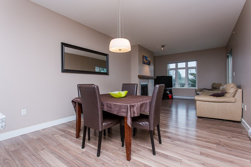 "Photo 5: 403 2368 MARPOLE Avenue in Port Coquitlam: Central Pt Coquitlam Condo for sale in ""RIVER ROCK LANDING"" : MLS(r) # V1125323"