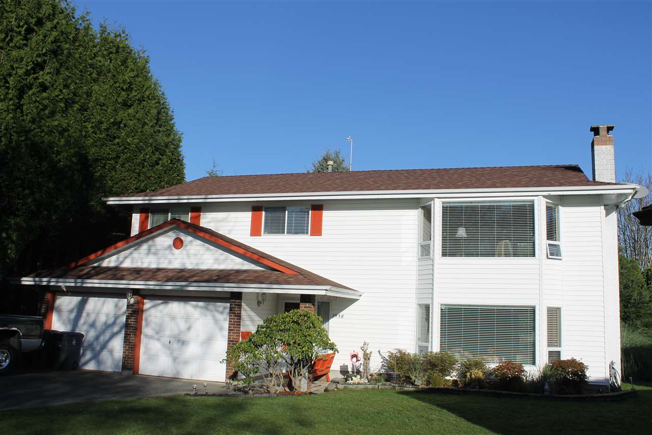 Main Photo: 1938 154A Street in Surrey: King George Corridor House for sale (South Surrey White Rock)  : MLS®# R2015886