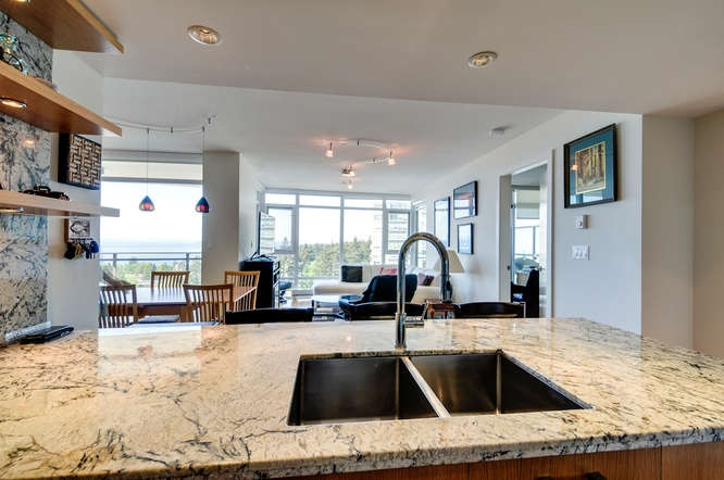 "Photo 7: : White Rock Condo for sale in ""The ""Avra"""" (South Surrey White Rock)  : MLS(r) # R2064755"