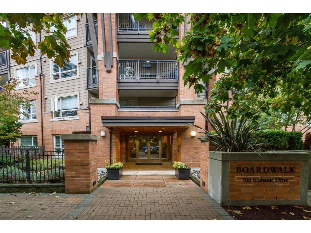 "Main Photo: 410 700 KLAHANIE Drive in Port Moody: Port Moody Centre Condo for sale in ""BOARDWALK"" : MLS® # R2117002"