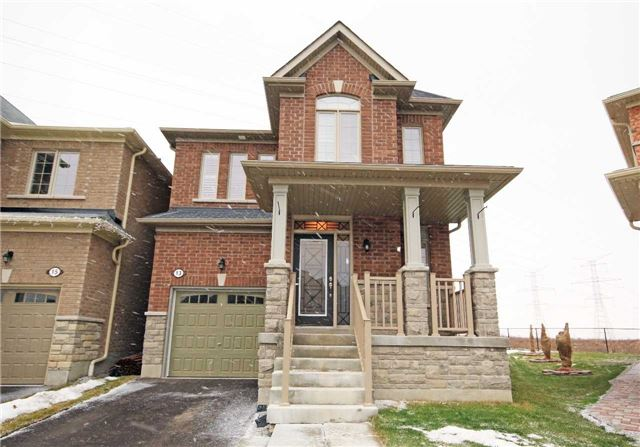Main Photo: 13 Stockell Crescent in Ajax: Northwest Ajax House (2-Storey) for sale : MLS® # E3684526