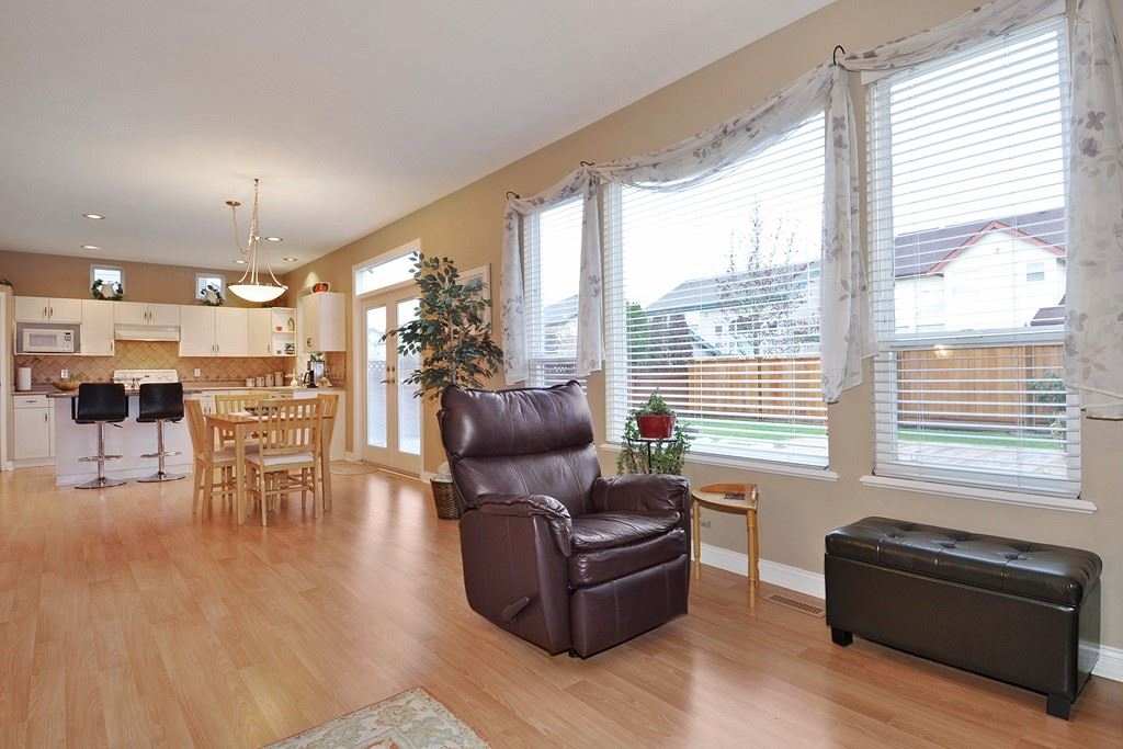 "Photo 11: 2778 LURIO Crescent in Port Coquitlam: Riverwood House for sale in ""RIVERWOOD"" : MLS® # R2132013"