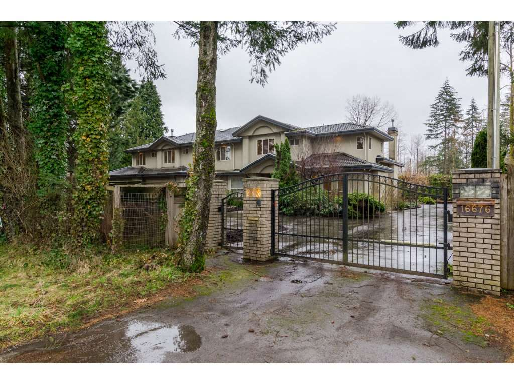 Photo 2: Photos: 16676 104 Avenue in Surrey: Fraser Heights House for sale (North Surrey)  : MLS® # R2134682