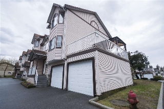 Main Photo: 15 2352 PITT RIVER Road in Port Coquitlam: Mary Hill Townhouse for sale : MLS(r) # R2152690