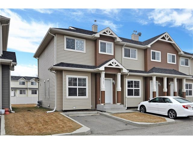 Main Photo: 5701 111 TARAWOOD Lane NE in Calgary: Taradale House for sale : MLS(r) # C4110384