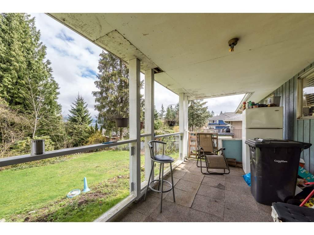 "Photo 17: 1125 BARTLETT Avenue in Coquitlam: Harbour Chines House for sale in ""HARBOUR CHINES"" : MLS(r) # R2157498"
