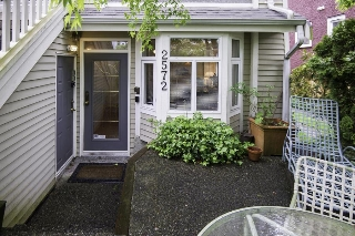 Main Photo: 2572 W 5TH Avenue in Vancouver: Kitsilano Townhouse for sale (Vancouver West)  : MLS(r) # R2166452