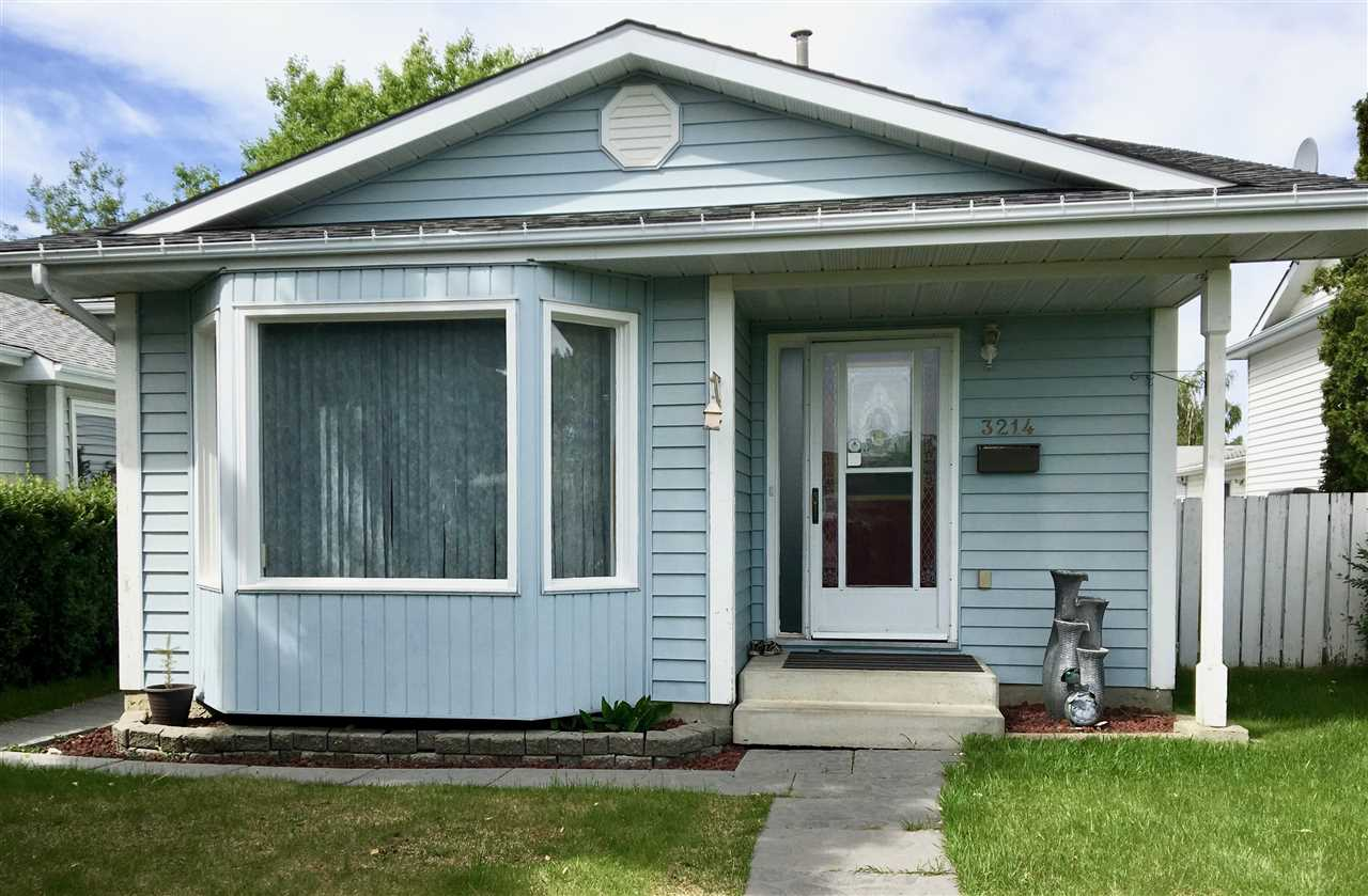 Main Photo: 3214 36 Street in Edmonton: Zone 29 House for sale : MLS® # E4067790