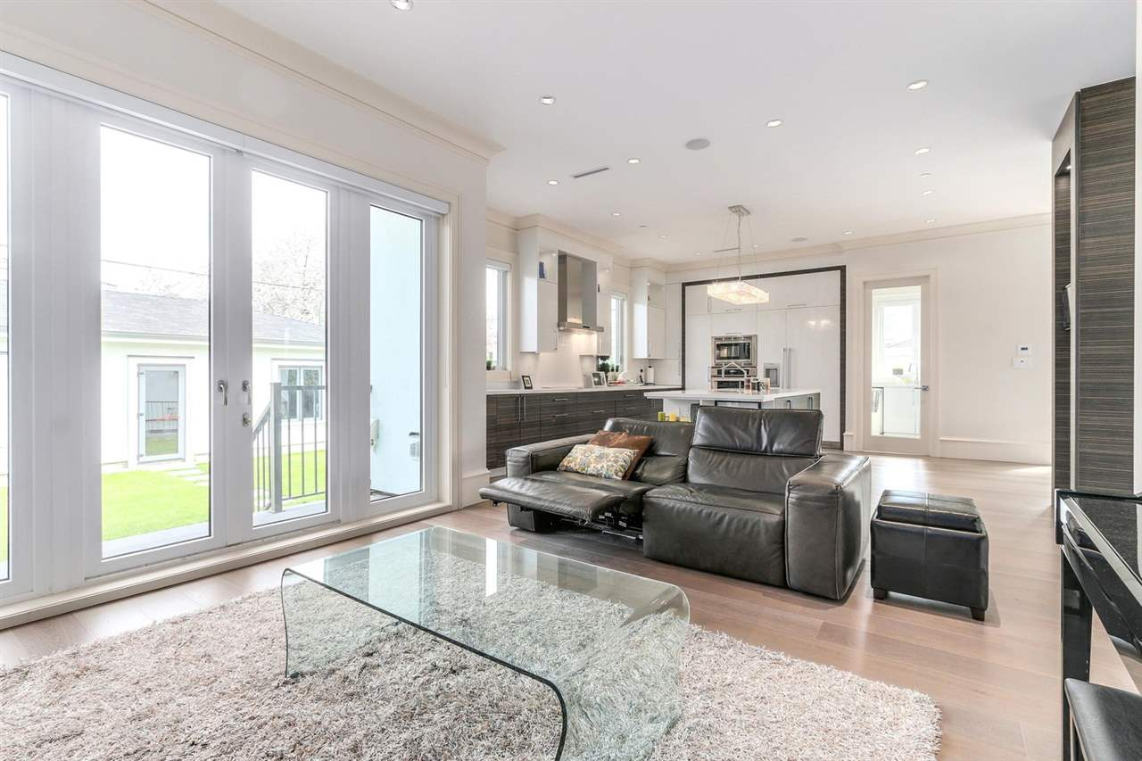 Photo 5: 105 W 44TH Avenue in Vancouver: Oakridge VW House for sale (Vancouver West)  : MLS(r) # R2177934