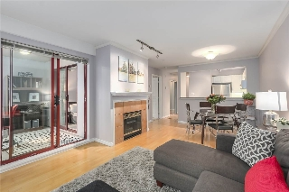 "Main Photo: 303 2140 W 12TH Avenue in Vancouver: Kitsilano Condo for sale in ""ARBUTUS WEST TERRACE"" (Vancouver West)  : MLS® # R2205129"