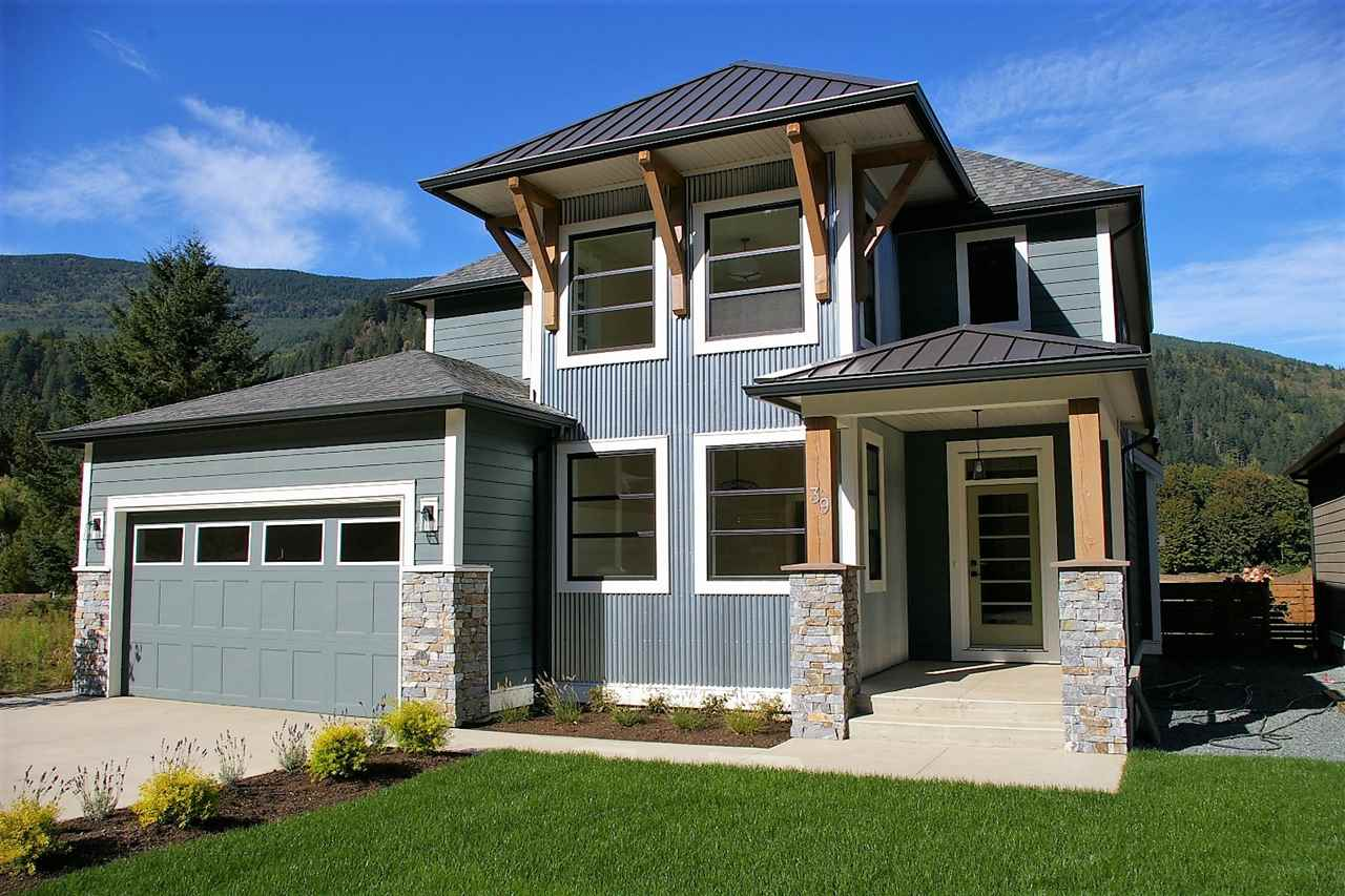 "Main Photo: 39 1885 COLUMBIA VALLEY Road in Lindell Beach: Cultus Lake House for sale in ""AQUADEL CROSSING"" : MLS®# R2212620"