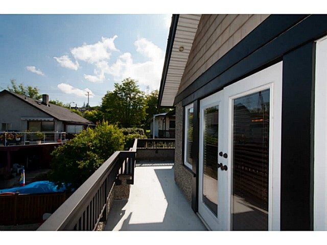 Photo 15: 3559 DUNDAS Street in Vancouver: Hastings East House for sale (Vancouver East)  : MLS(r) # V1067924