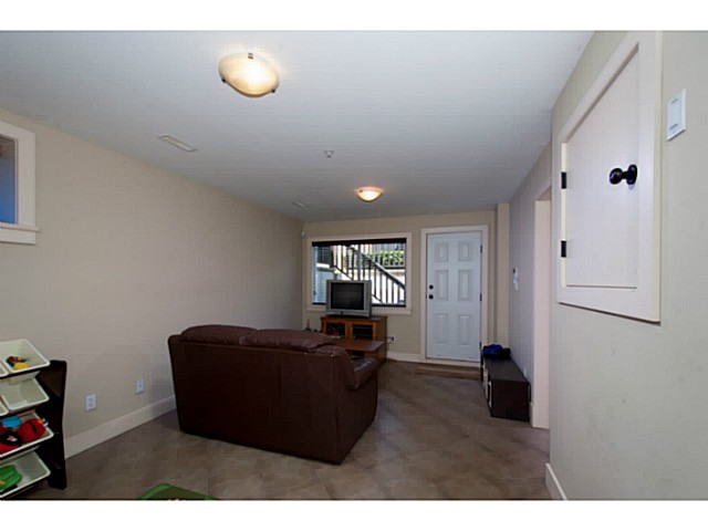 Photo 14: 3559 DUNDAS Street in Vancouver: Hastings East House for sale (Vancouver East)  : MLS(r) # V1067924