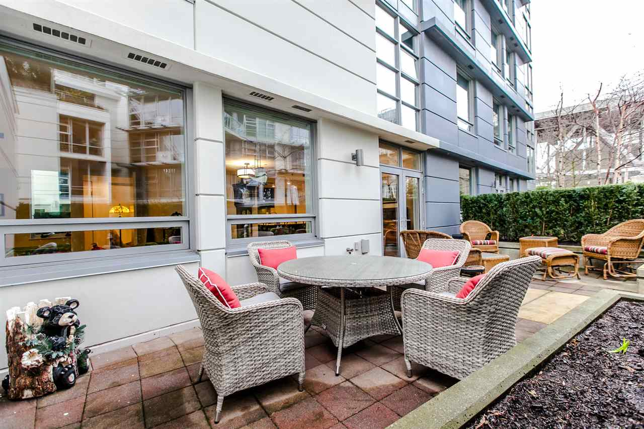 Main Photo: 307 633 KINGHORNE Mews in Vancouver: Yaletown Condo for sale (Vancouver West)  : MLS® # R2020763