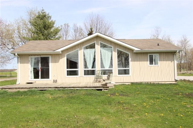 Main Photo: 6232 Blue Bird Street in Ramara: Rural Ramara House (Bungalow) for sale : MLS® # X3417527