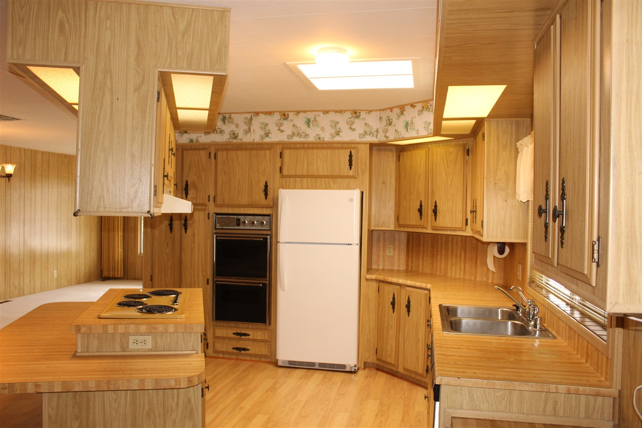 Photo 9: CARLSBAD SOUTH Manufactured Home for sale : 2 bedrooms : 7232 San Bartolo #207 in Carlsbad