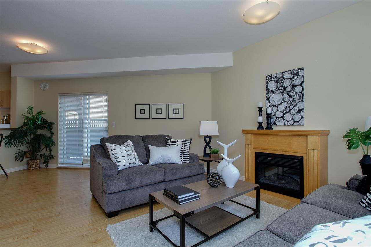 "Photo 5: 12 5988 BLANSHARD Drive in Richmond: Terra Nova Townhouse for sale in ""RIVIERA GARDENS"" : MLS(r) # R2141105"
