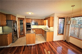 Main Photo: 928 BLACKETT Wynd SW in Edmonton: Zone 55 House for sale : MLS(r) # E4052197