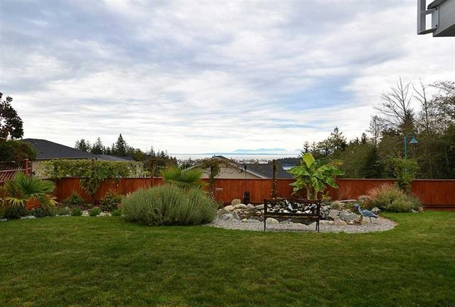 Photo 9: 6395 PICADILLY Place in Sechelt: Sechelt District House for sale (Sunshine Coast)  : MLS® # R2141559