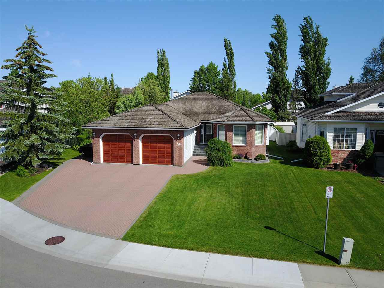 Main Photo: 59 NOTTINGHAM Estates: Sherwood Park House for sale : MLS® # E4061864