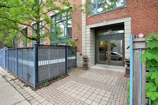 Main Photo: 670 Richmond St W Unit #204 in Toronto: Niagara Condo for sale (Toronto C01)  : MLS® # C3819449